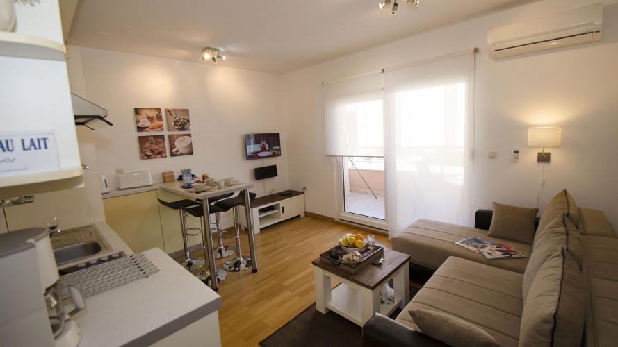 mala-apartment-trogir-4pax