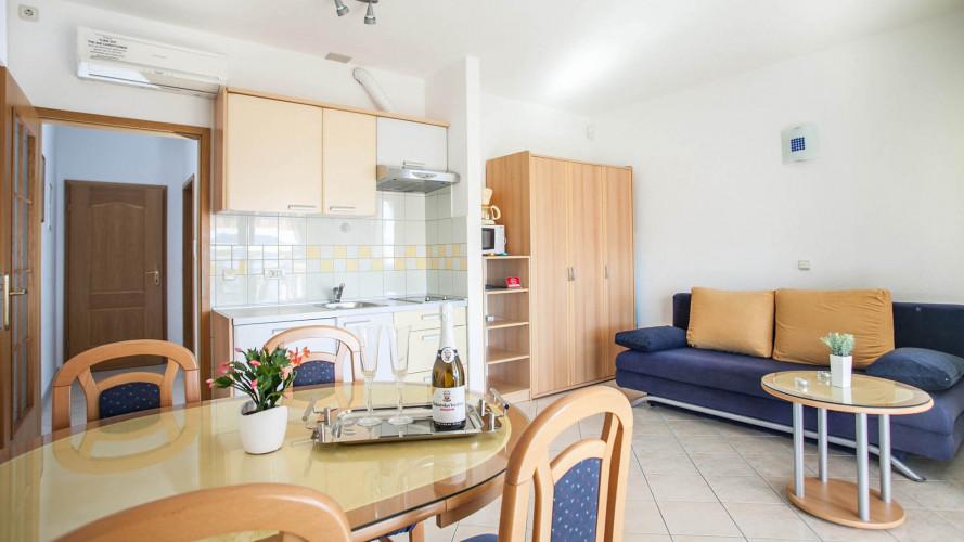 apartments-barbara-seget-donji-4pax