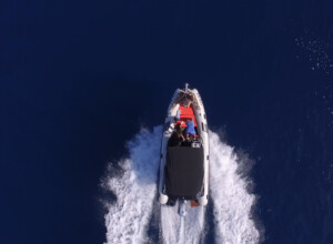 boat-speedboat-day-trip-excursions-blue-cave-trogir-split