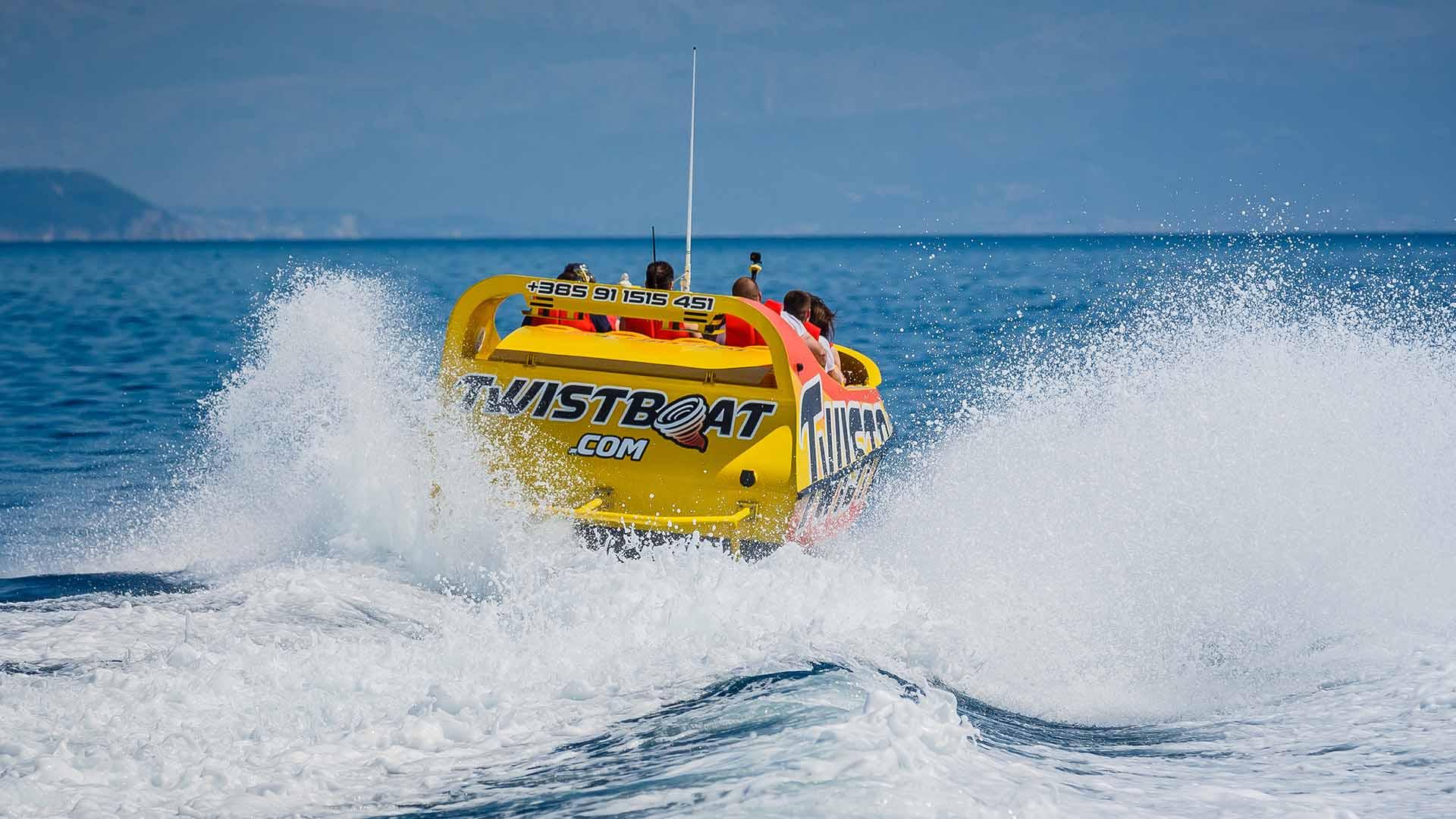 Twistboat 4