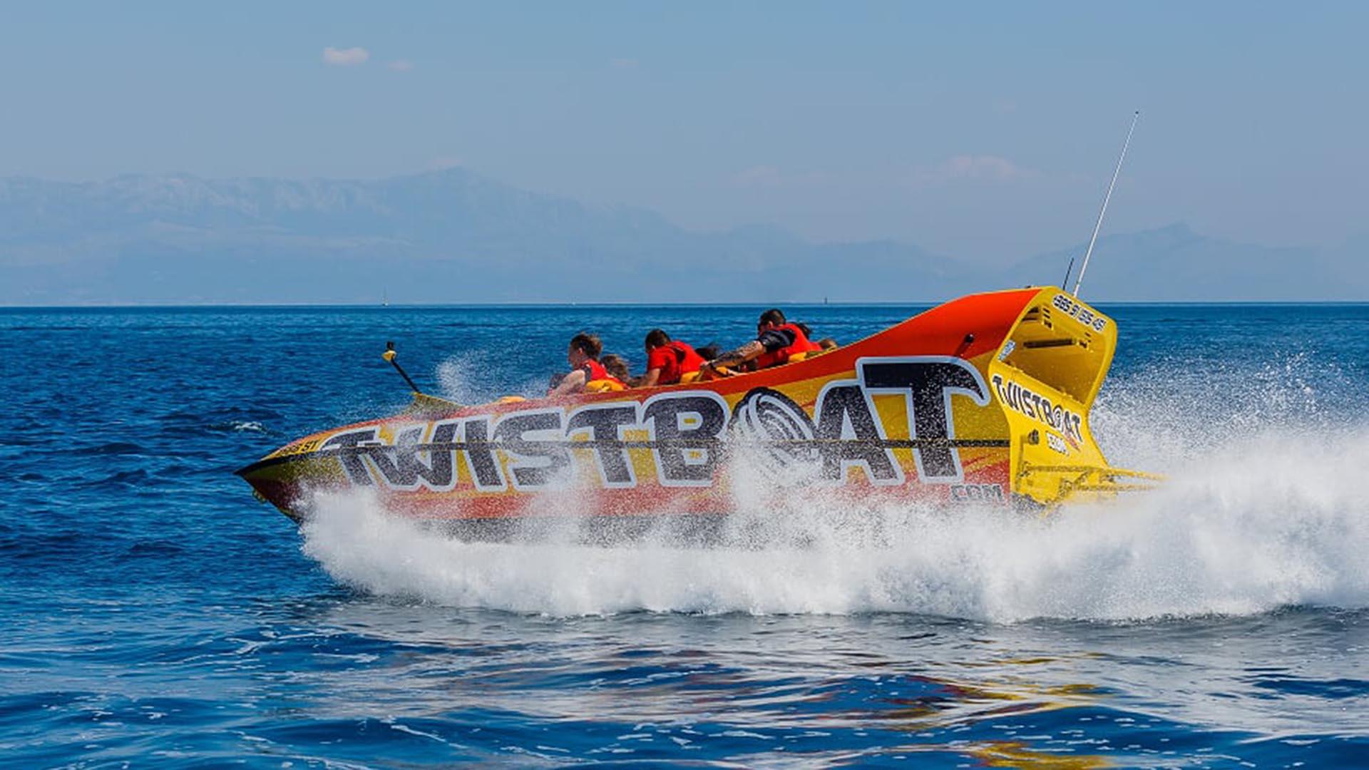 Twistboat 8