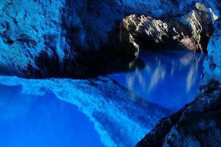 vis-blue-cave-dalmatia-kairos-travel