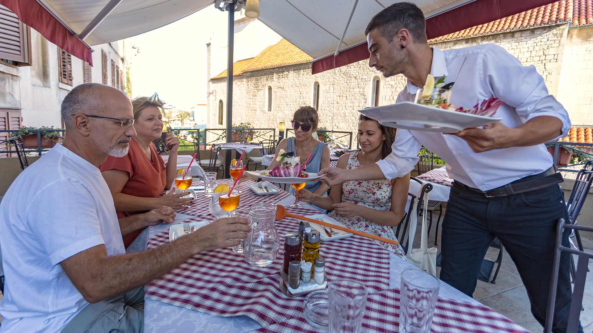 gastro walking tour split 3