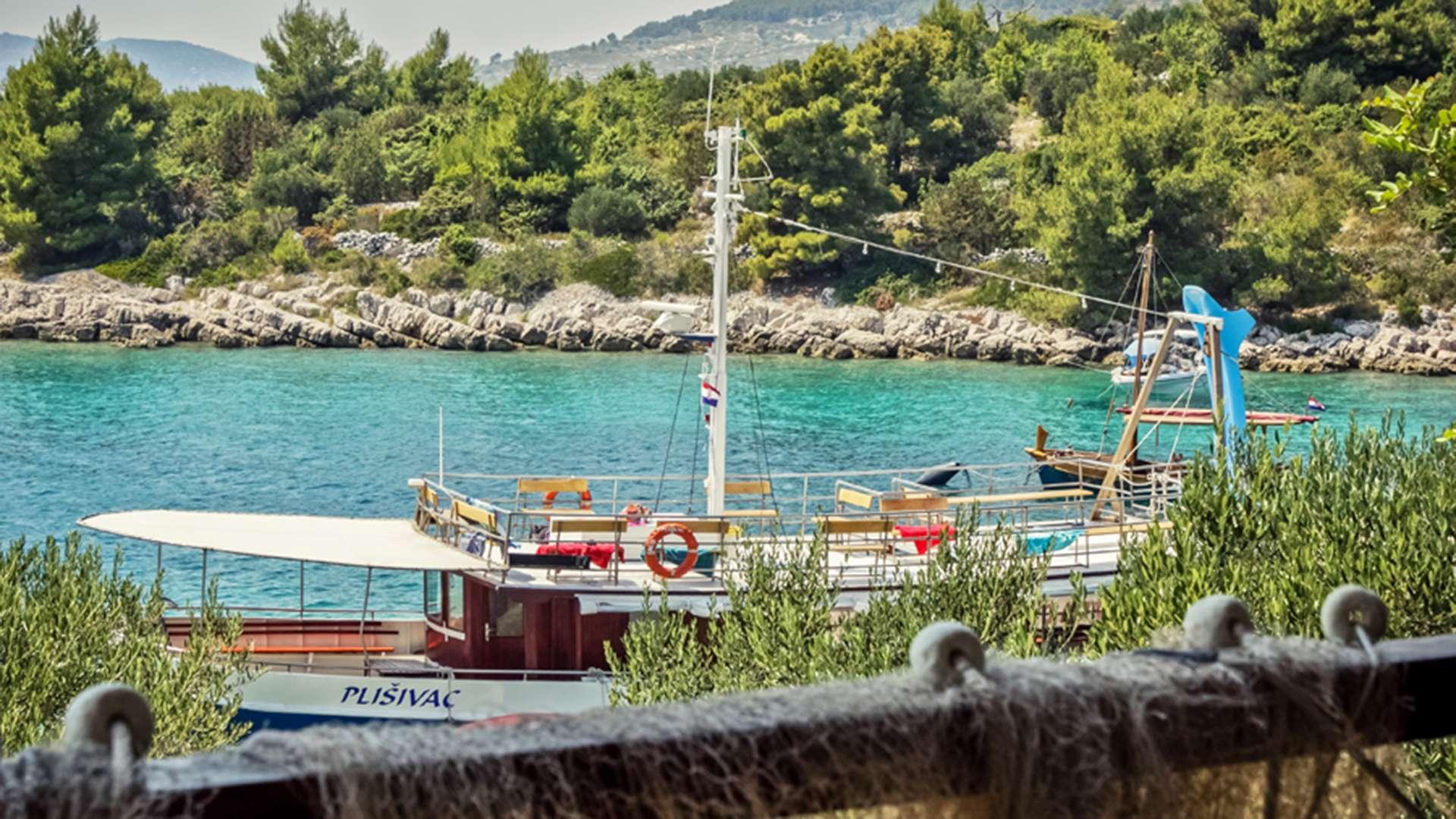 three island tour trogir blue lagoon 5