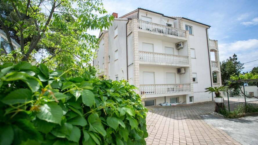 apartments-lovric-okrug-gornji