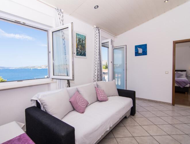 apartment for 4 lovric okrug gornji 13