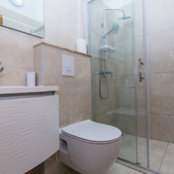 apartment for 4 lovric okrug gornji 6