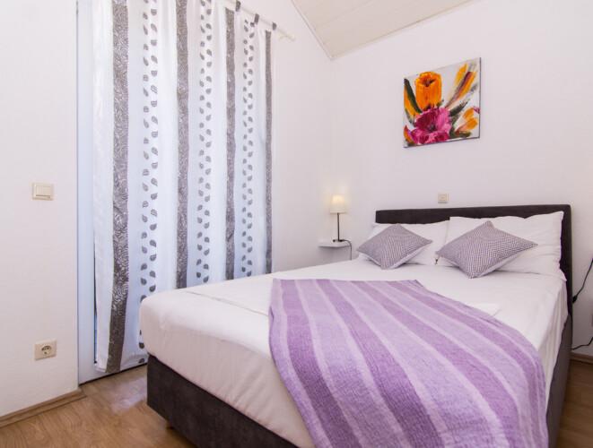 apartment for 4 lovric okrug gornji 7