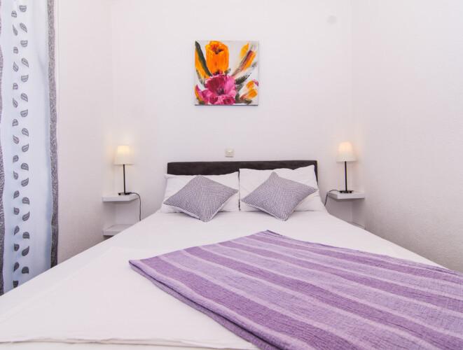 apartment for 4 lovric okrug gornji 8