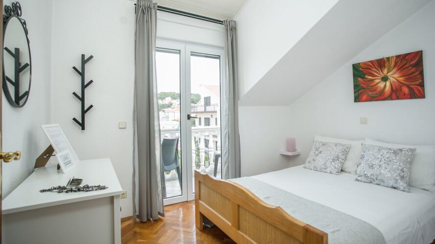 apartment lovric studio 2pax okrug gornji 1
