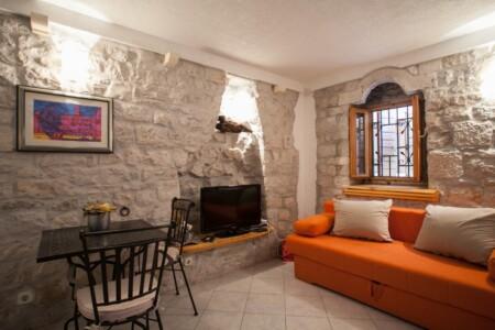 guesthouse ana duplex trogir 4pax 10