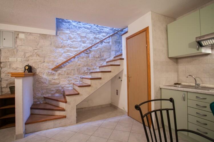 guesthouse ana duplex trogir 4pax 13