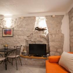 guesthouse ana duplex trogir 4pax 8